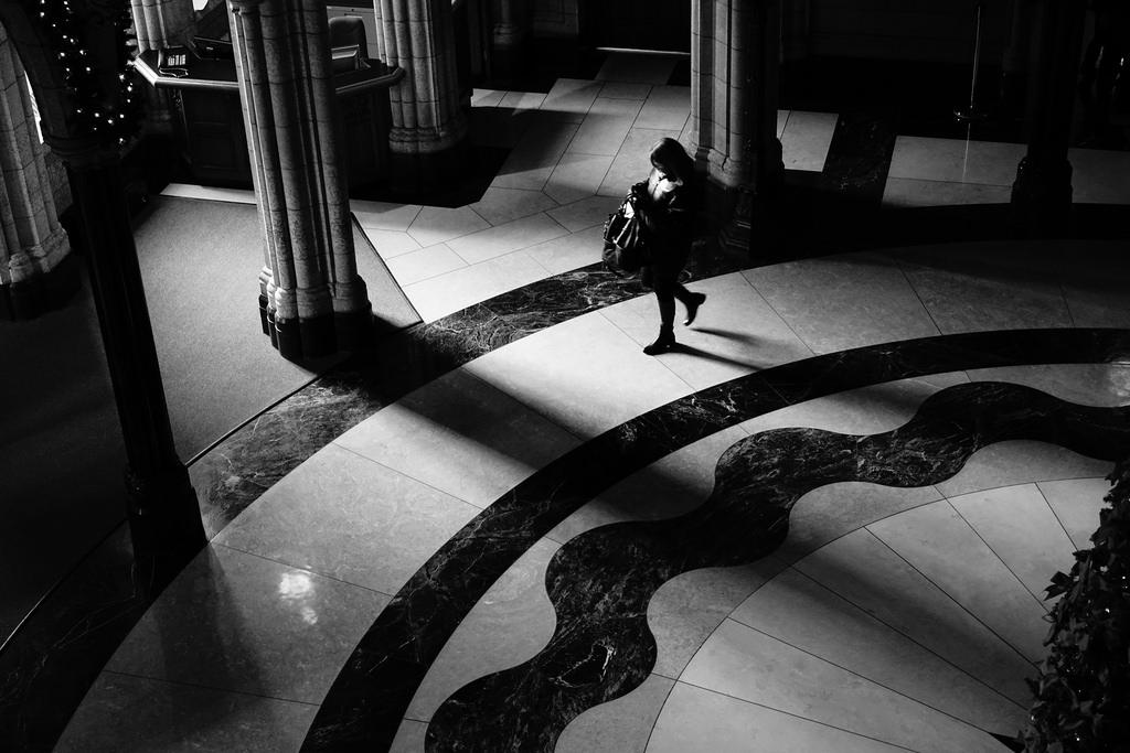 rotunda shadows by Kevin Wolf
